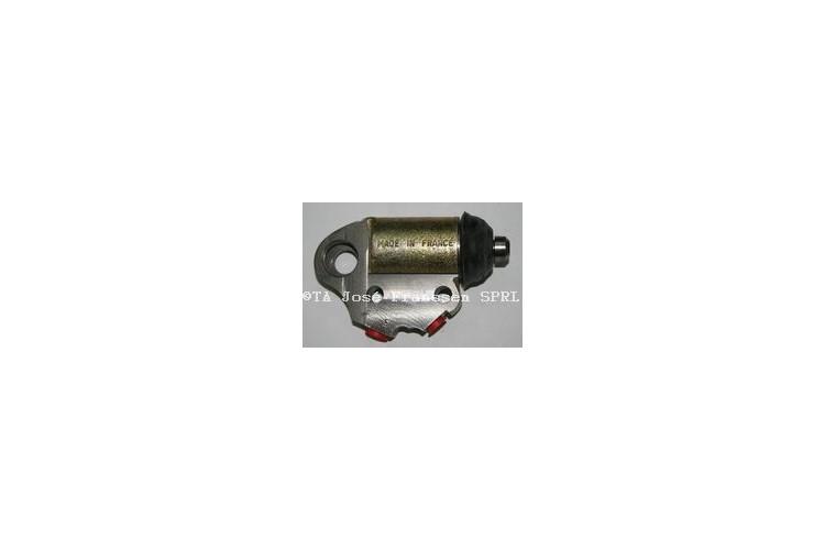 Brake cylinder front right inferior 15/6