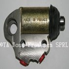 Brake cylinder front right inferior 15/6